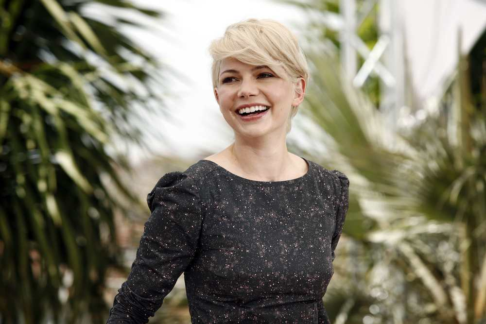 Michelle Williams' pixie cut is perfect for her face frame TheFuss.co.uk