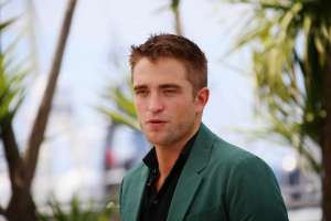 RERobert-Pattinson-cinemafestival-Shutterstock.com_-1024x682