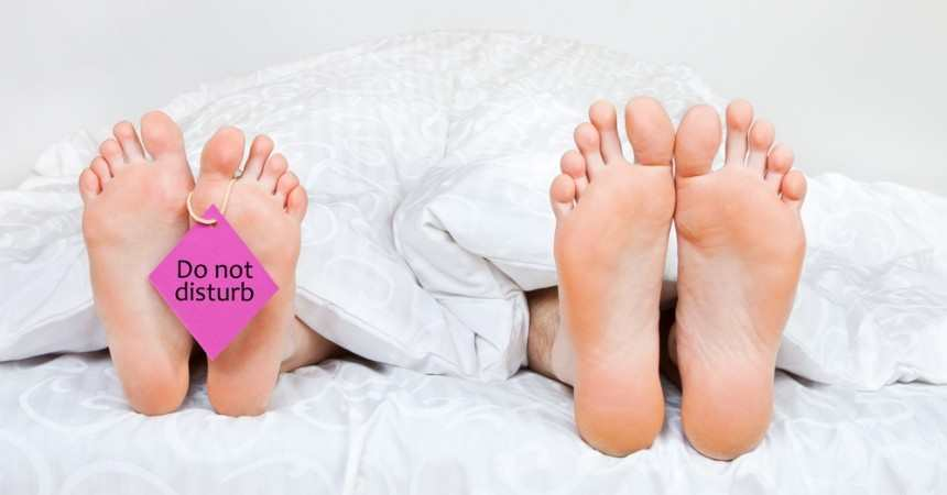 Sleeping routine affecting your relationship? TheFuss.co.uk