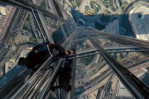Tom Cruise's craziest movie stunts TheFuss.co.uk