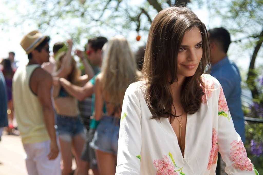 Emily Ratajkowski in We Are Your Friends TheFuss.co.uk