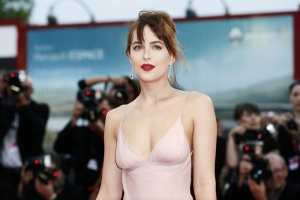 Dakota admits she prefers to make movies her family can watch Thefuss.co.uk