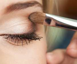Professional eye makeup application tips TheFuss.co.uk