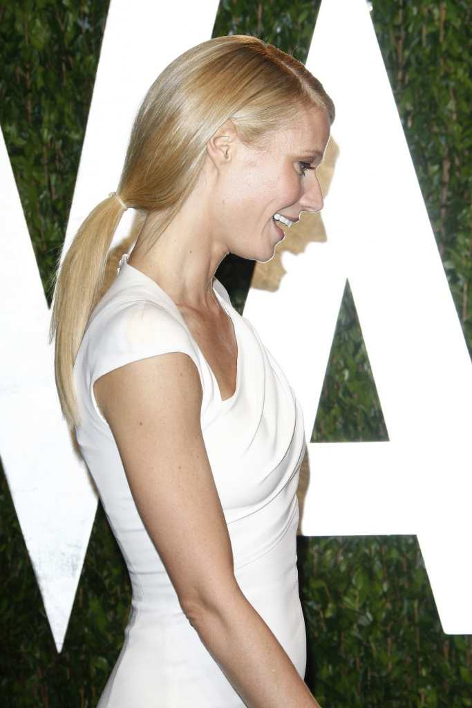 Gwyneth Paltrow keeps her look sleek with a straight ponytail TheFuss.co.uk