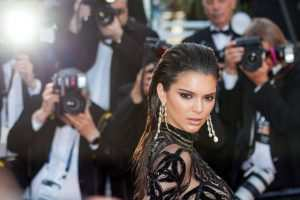 Kendall Jenner's hairstyle is perfect for those wet-hair days when you have no time TheFuss.co.uk