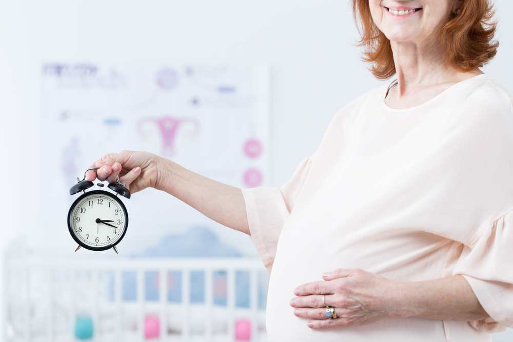 Is there a best age to get pregnant? TheFuss.co.uk