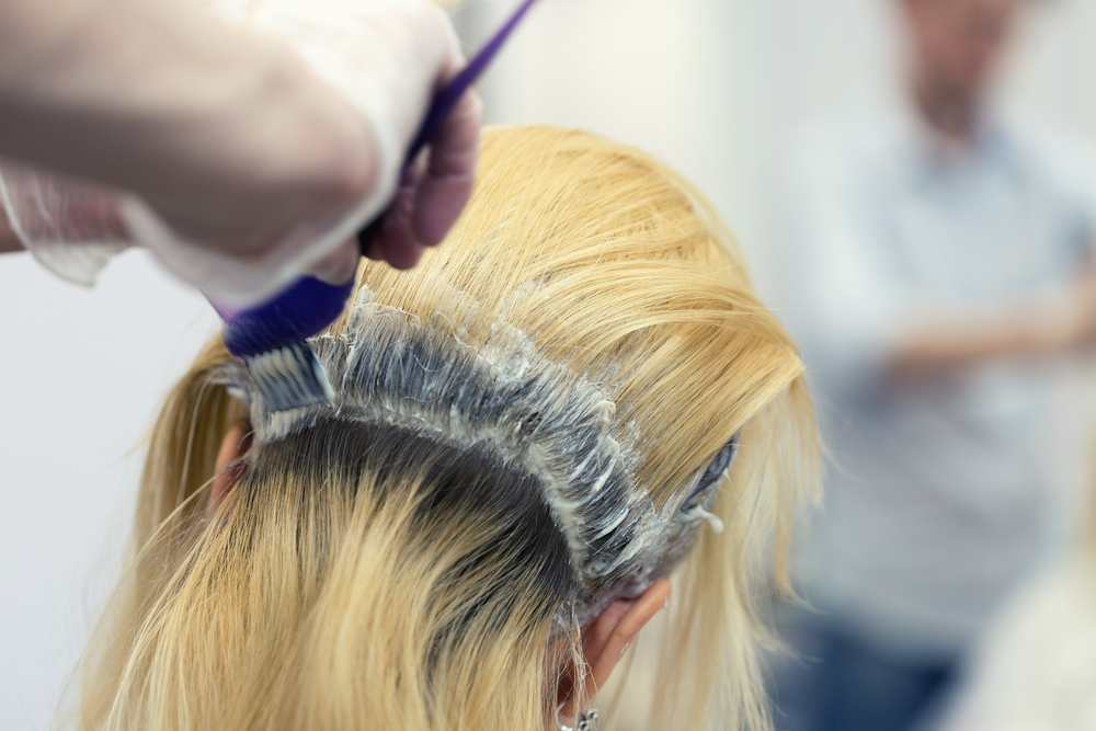 A guide to bleaching your roots at home TheFuss.co.uk
