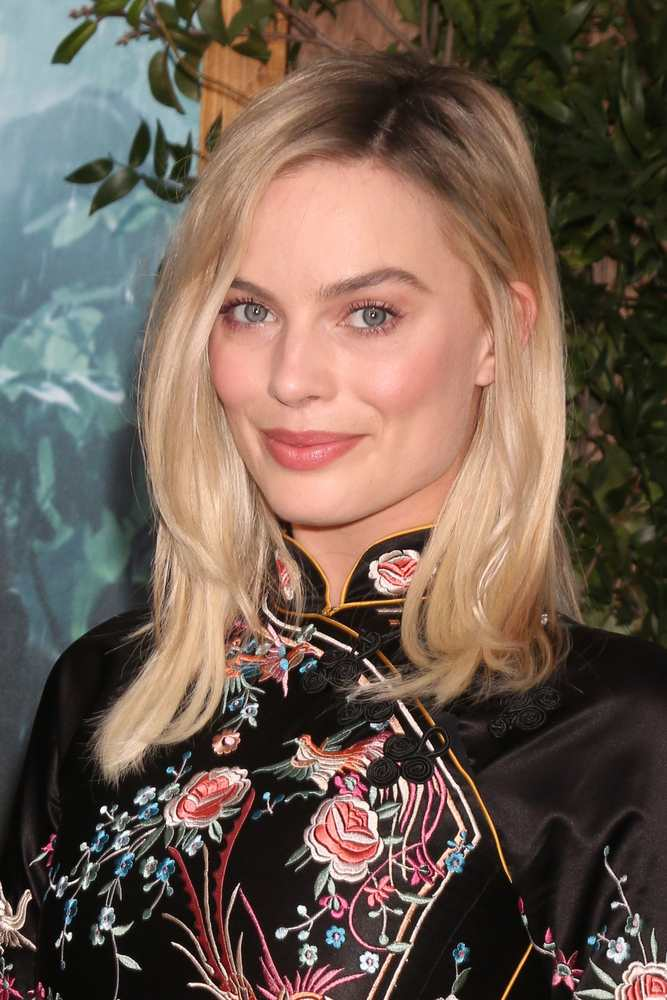 Margot Robbie: The ultimate bed hair inspiration TheFuss.co.uk