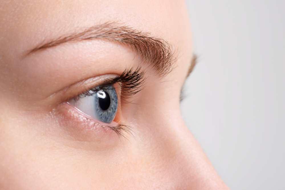 A guide for DIY eyelash dye TheFuss.co.uk