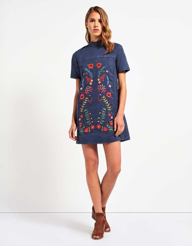 FASHION UNION EMBROIDERED T-SHIRT DRESS