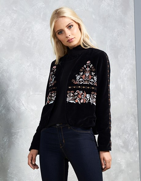 VERO MODA VELVET EMBROIDERED BLAZER
