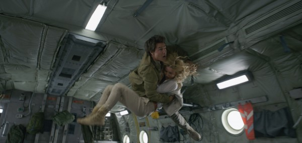 Zero gravity stunt scene in The Mummy TheFuss.co.uk