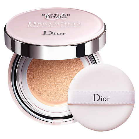 Dior Capture Totale Dreamskin Perfect Skin Cushion