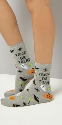 New Look Grey Trick Or Treat Slogan Socks