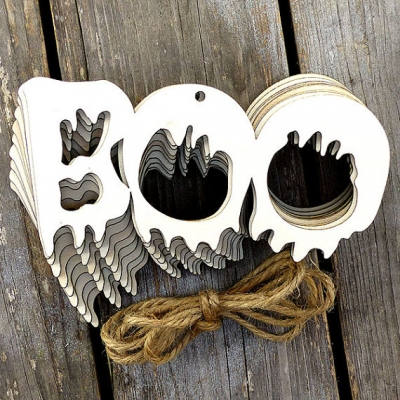 10 X Wooden BOO Chain Word Craft Shape