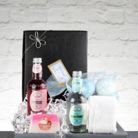 It's A Gin Thing Gift Box From Le Bon Vin