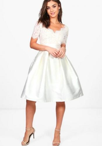 Boohoo Boutique Fay Eyelash Lace Skater Dress