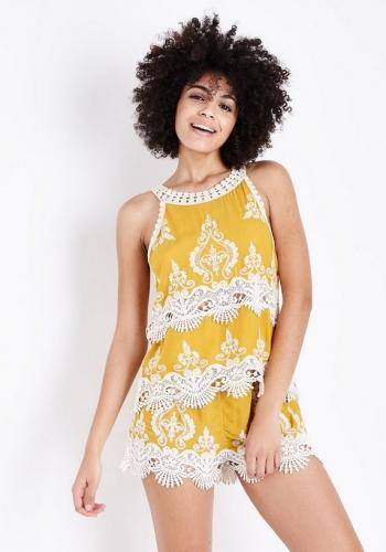New Look Mustard Yellow Crochet Trim Shorts