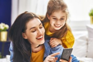 The apps stay at home mums need on their phone