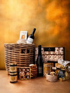GOW SPIRIT OF CHRISTMAS HAMPER GG19 0017