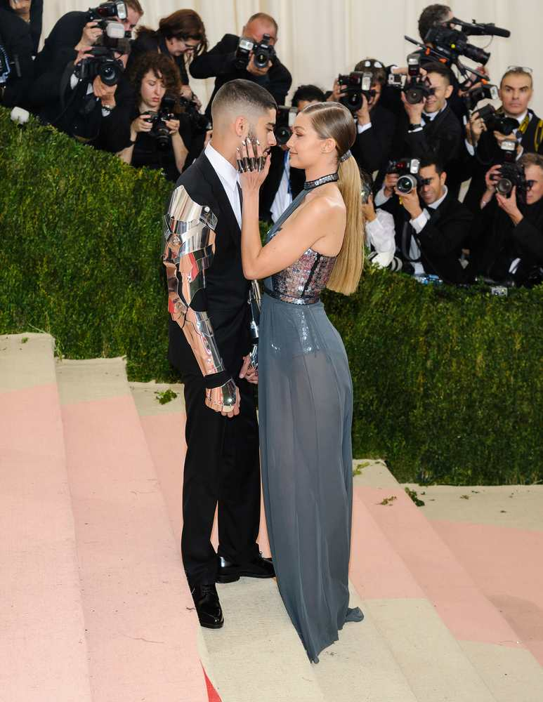 Zayn Malik was commended by girlfriend Gigi for talking about his anxiety problems TheFuss.co.uk