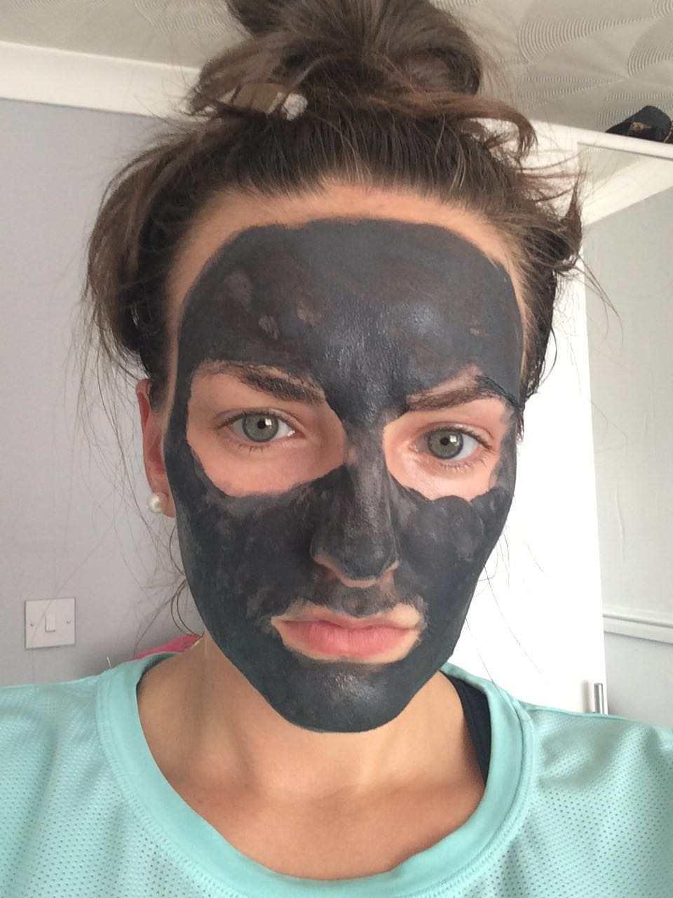 L'Oreal Paris Pure Clay Detox mask review TheFuss.co.uk