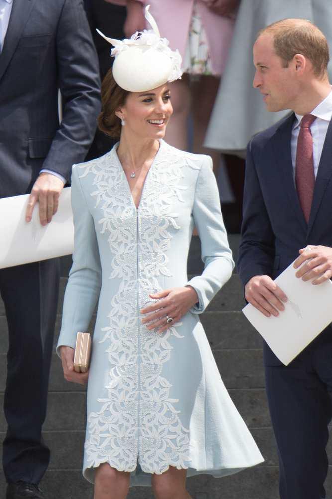 Duchess Of Cambridge Jewelry Mr Pics Shutterstock Com