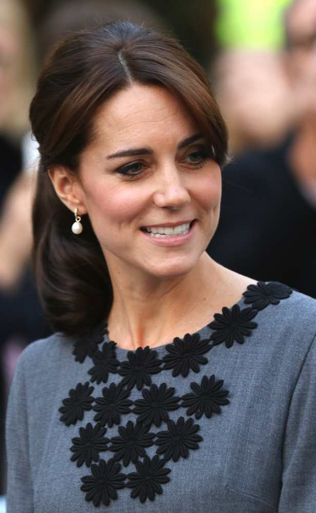 Duchess Of Cambridge Jewelry Twocoms Shutterstock Com