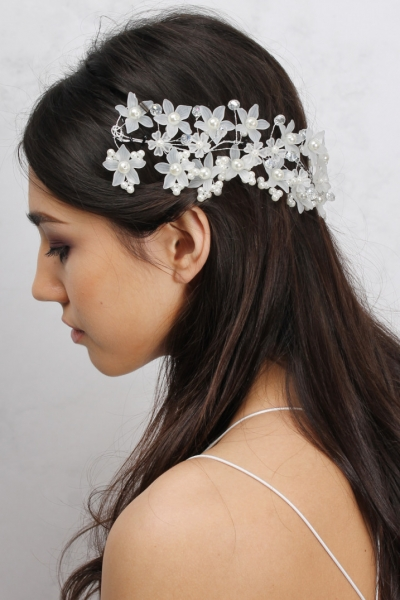 Rare White Hardware Floral And Pearl Head Piece