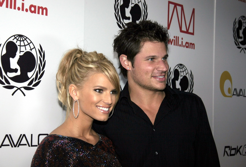 Nick Lachey was entitled to half because these two didn't have a prenup in place TheFuss.co.uk