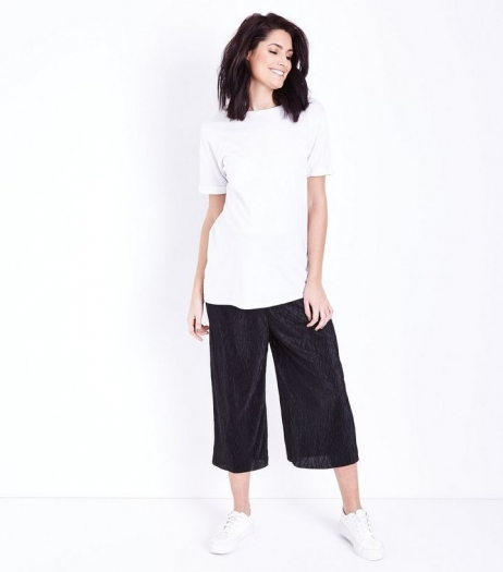 New Look Maternity Black Crinkle Plisse Over Bump Culottes