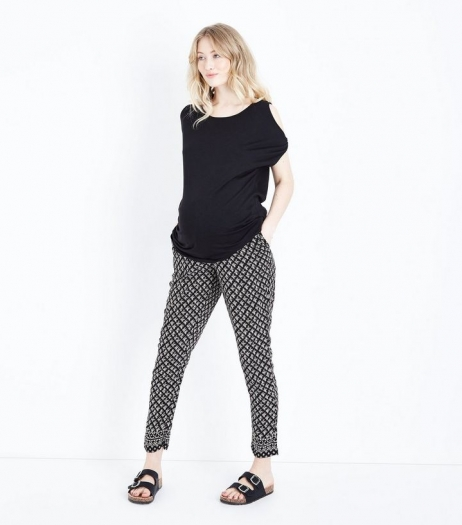 New Look Maternity Black Tile Print Tassel Tie Joggers